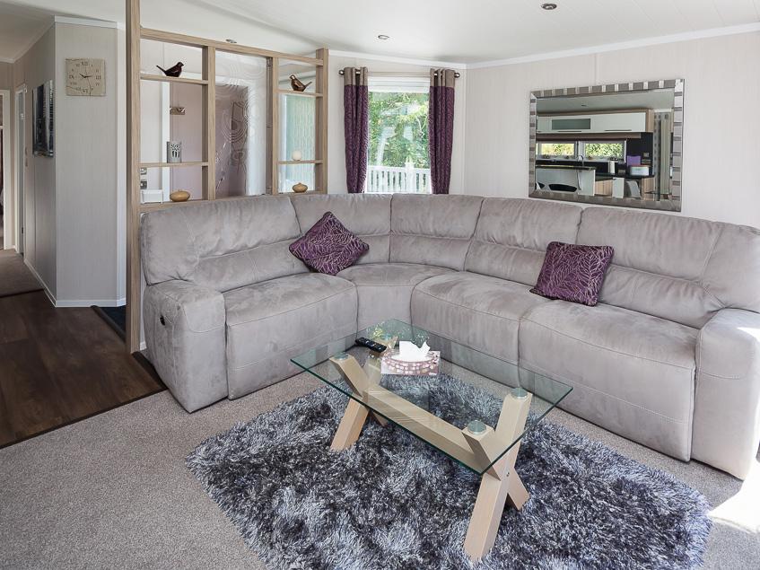 Dane Stream 8 Living area 2