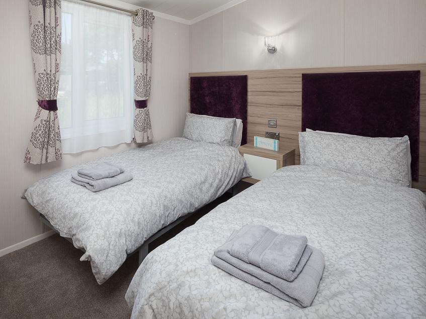 Dane Stream 8 twin bedroom